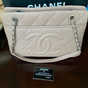 Chanel Grand Shopper